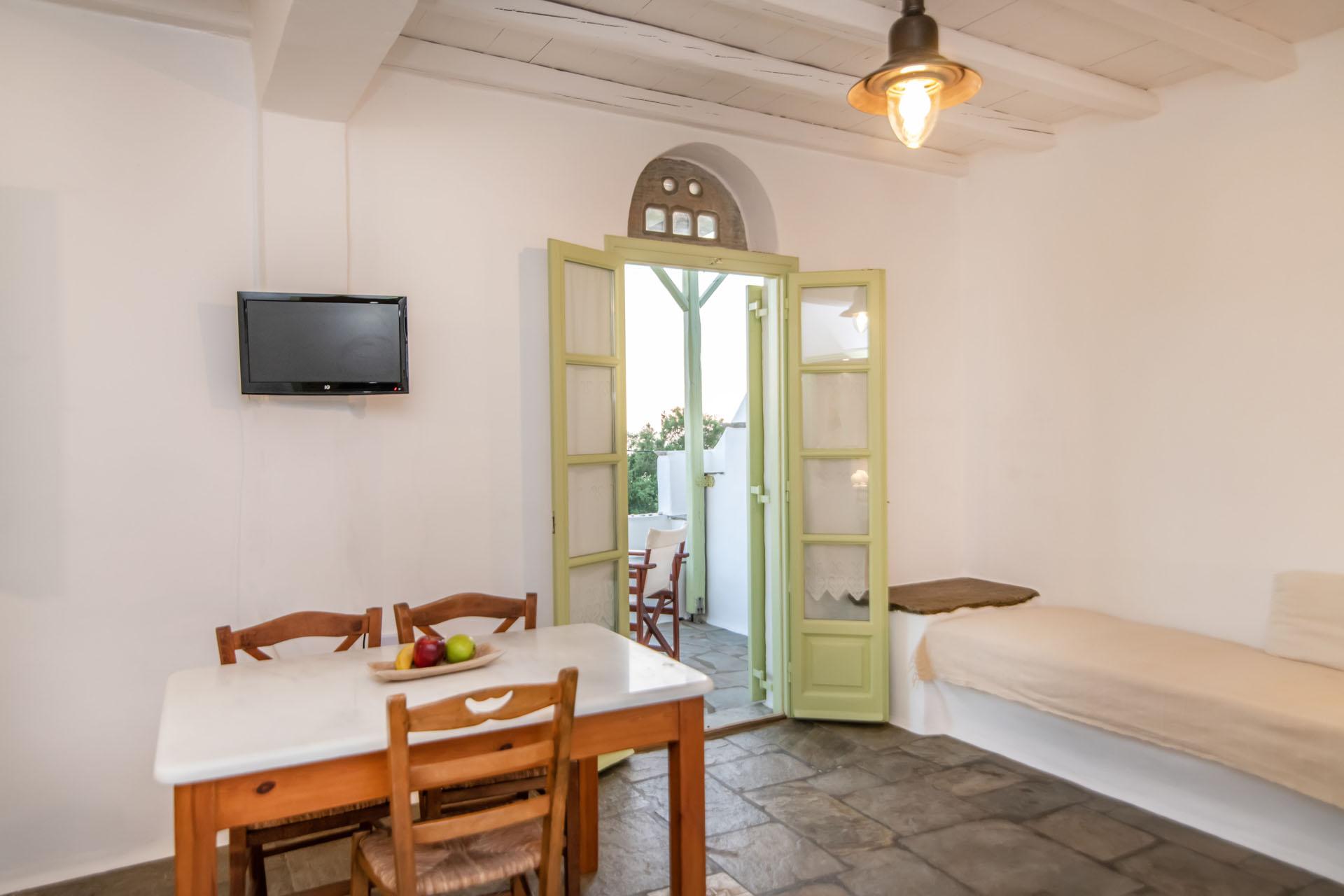 Tinos Hotels Riki